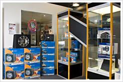 Även Blaupunkt och Alpine visar sitt bilstereosortiment i vår butik